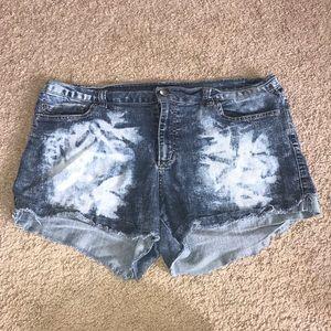 Forever 21 ACID WASH Plus Size Shorts